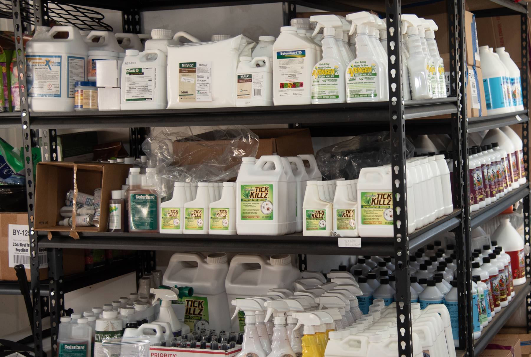 Green Earth Ag & Turf Products on SHelfg